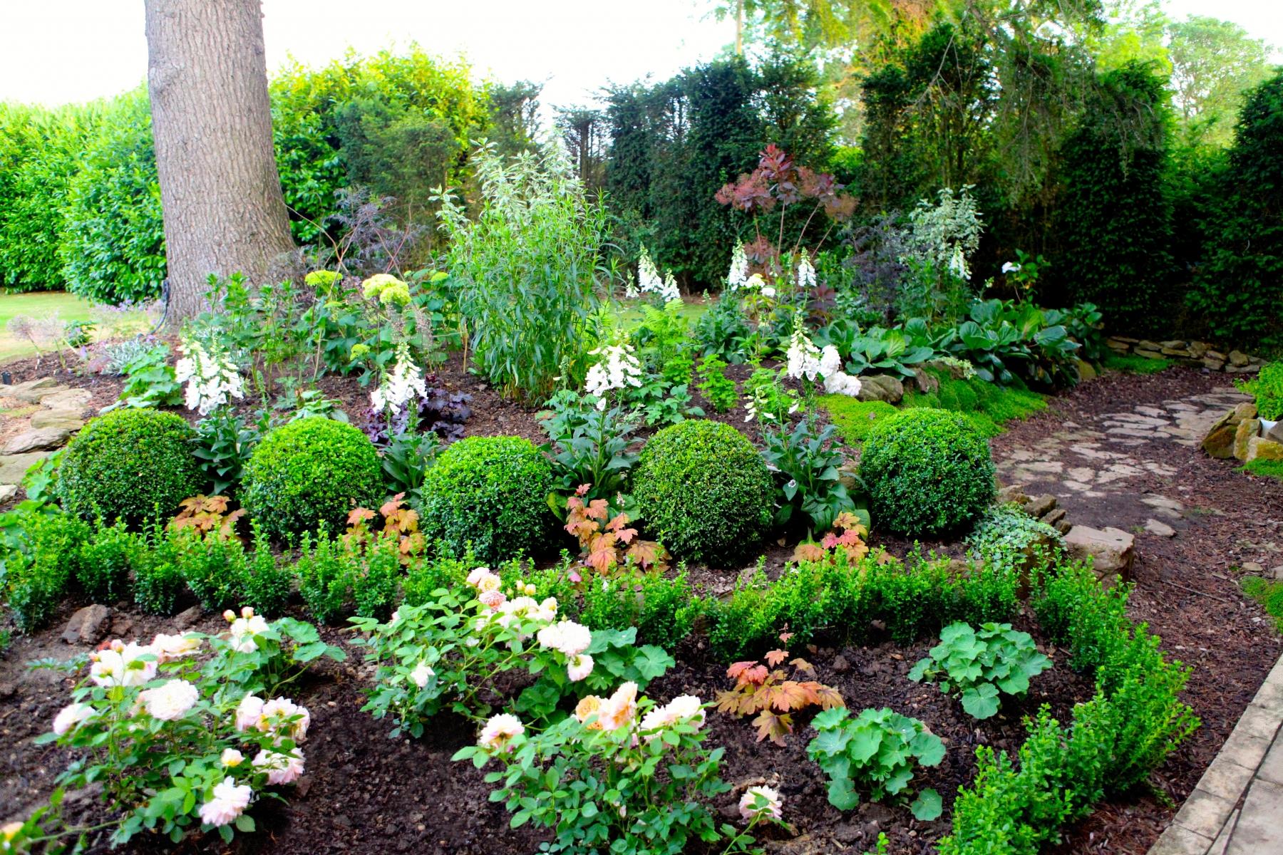 Family Garden 2